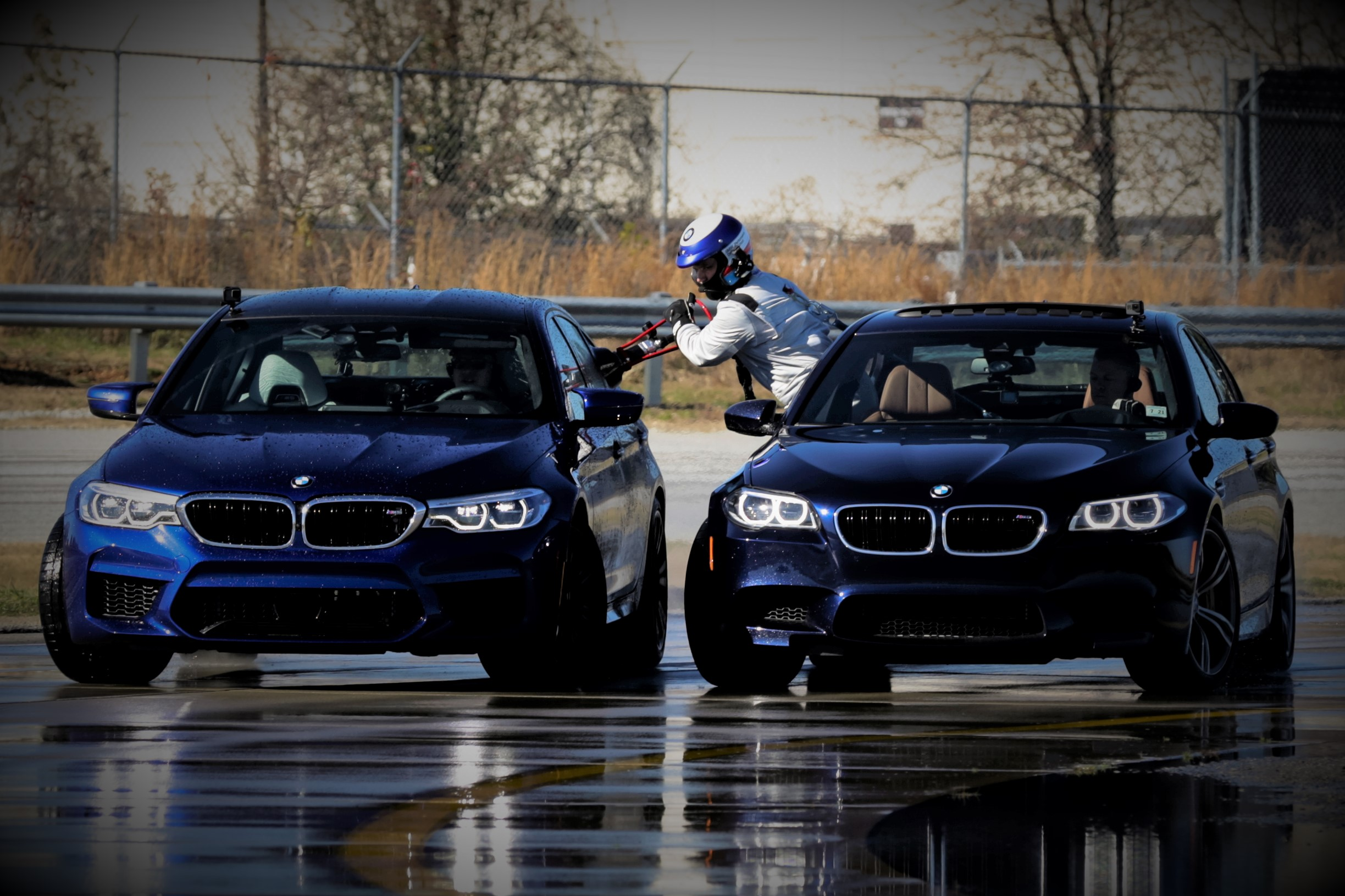 BMW M5 mid-drift refuel