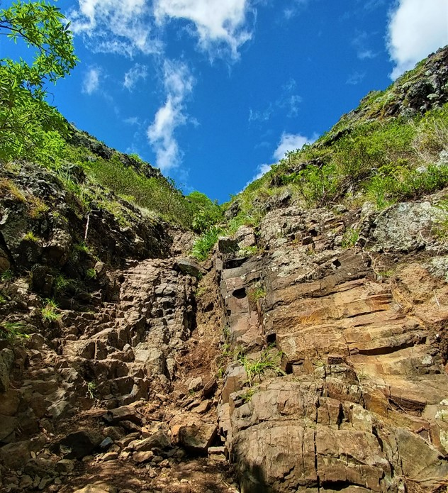 Le Morne Brabant dangerous steep climb
