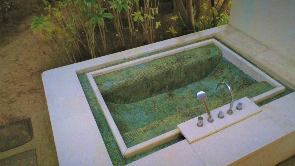 So Sofitel Mauritius Outdoor tub